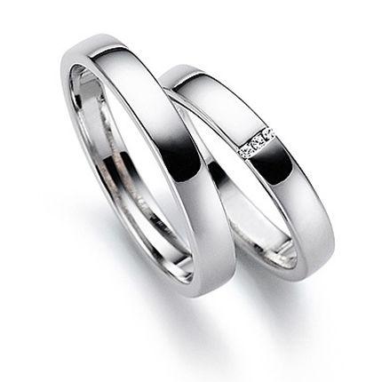 Обручальное кольцо с бриллиантом W0082