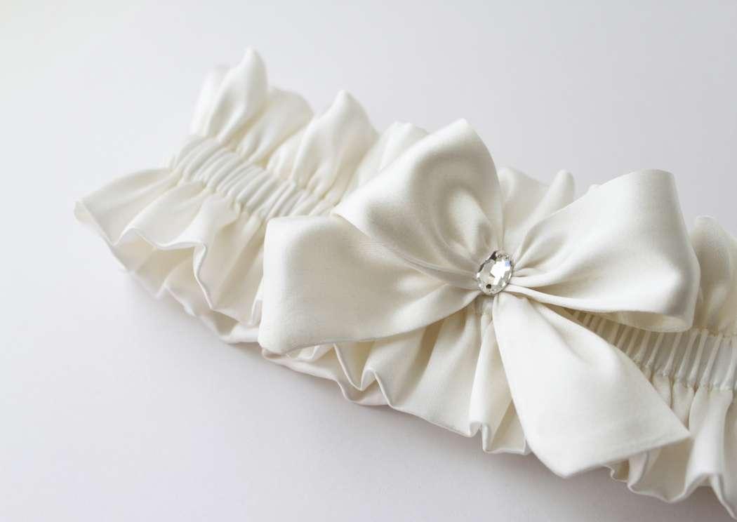 Фото 17469842 в коллекции Подвязки невесты - Mellnikova - свадебные аксессуары