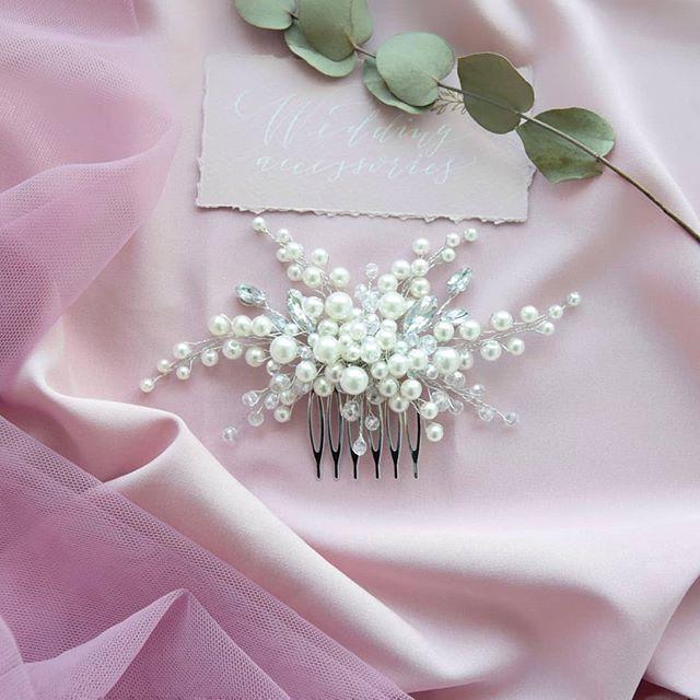 Свадебный гребень Стоимость 1500 руб. - фото 17549132 Екатерина Захарова - украшения для волос