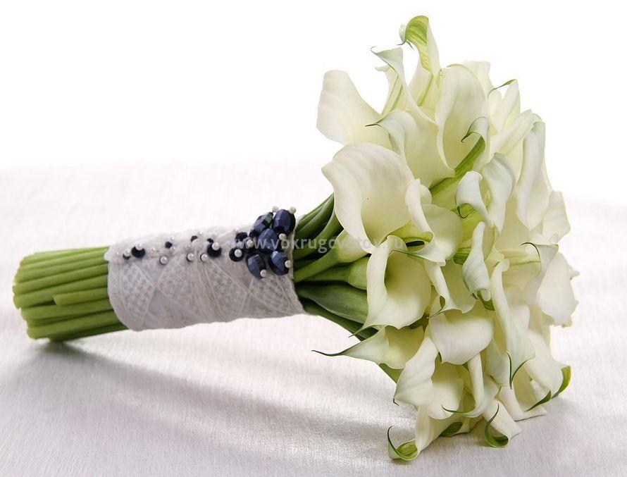 """Букет невесты белые каллы. - фото 17607774 Студия флористики """"Вокруг цветов"""""""