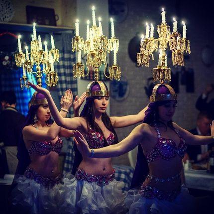 Арабский танец с канделябрами