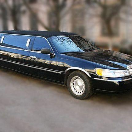 051 Лимузин Lincoln Town Car чёрный в аренду