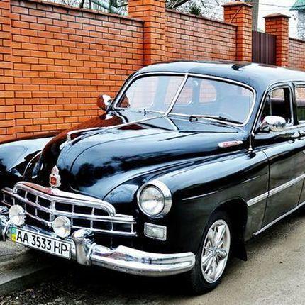 204 Ретро автомобиль ZIM GAZ-12 бело-розовый в аренду, 5 часов