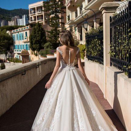 Прокат пышного свадебного платья