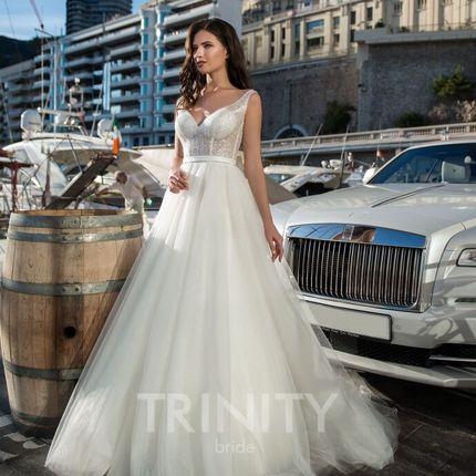 Платье с блестящим лифом