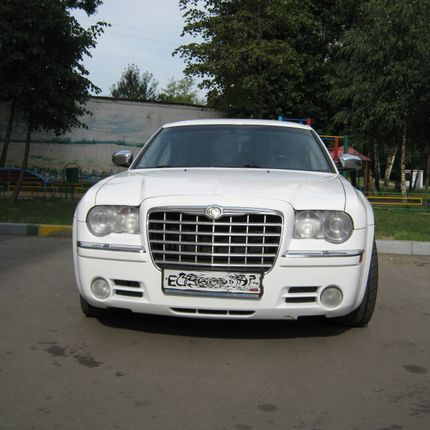 CHRYSLER 300C, 1 час