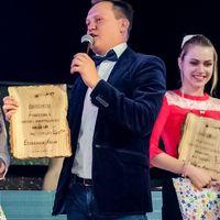 Шоу ведет Дмитрий Доронин