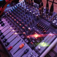 Музыкальное сопровождение DJ