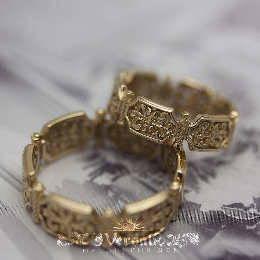 Парные обручальные кольца золотые