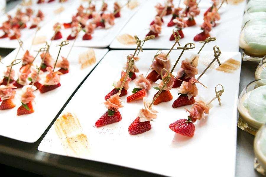 """Фото 18407666 в коллекции Wedding catering - """"Regatta Catering"""" - кейтеринг"""