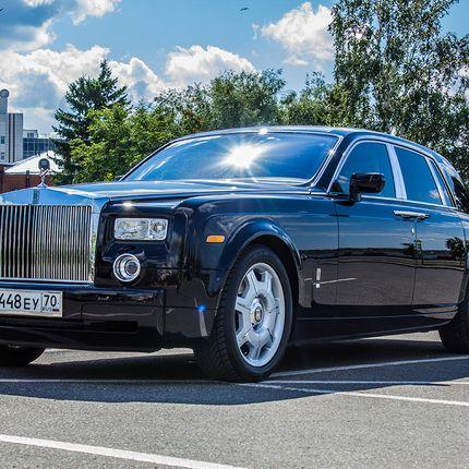 Rolls-Royce Phantom, черный в аренду, 1 час