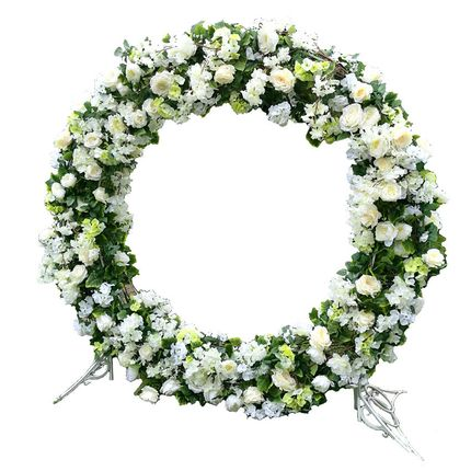 Арка - кольцо с  цветочным декором, 210 см