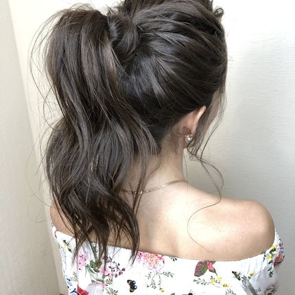 Причёска для подружки невесты/гостей