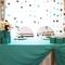 Цвет Тиффани и шоколадный, оформление зала