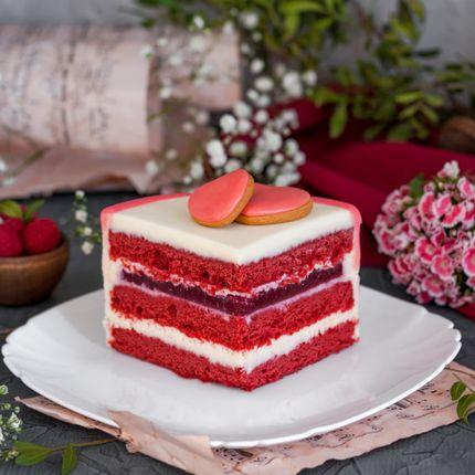 Торт Красный бархат с малиной, 1 кг.