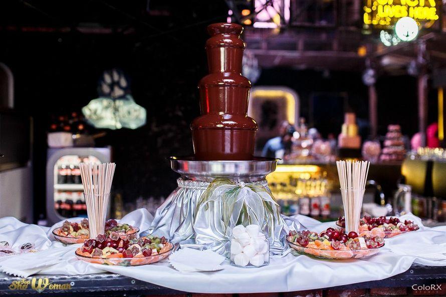 """Фото 15176466 в коллекции Свадьбы с нашими шоколадными фонтанами. - Кондитеры """"Шоколадная радуга"""""""