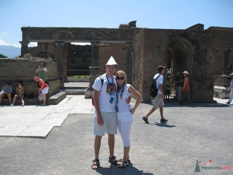 Раскопанный город, погребенный когда-то, давным-давно под лавой Везувия - фото 64926 busya