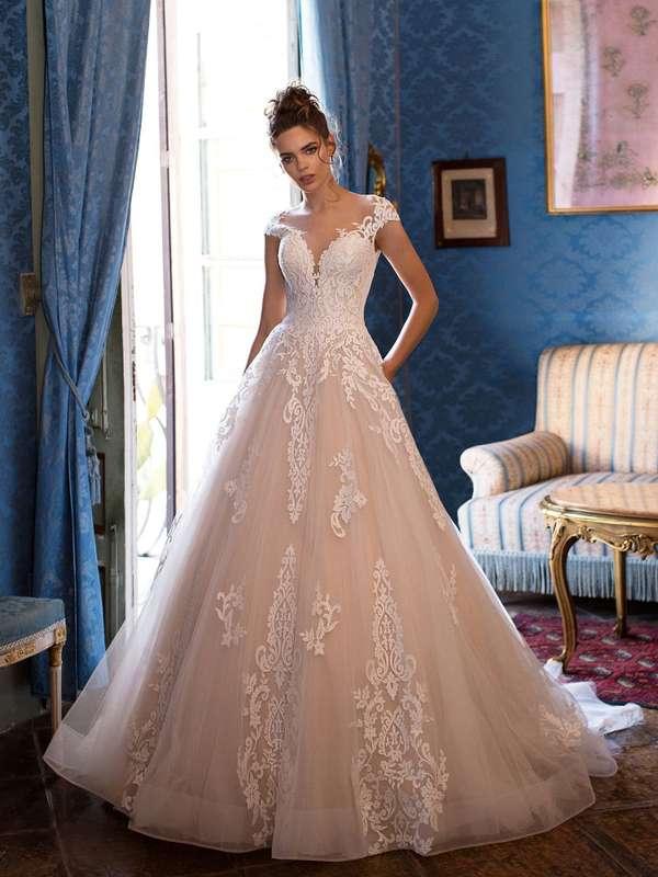 Фото 19018188 в коллекции lussano - Салон свадебной и вечерней моды Фея