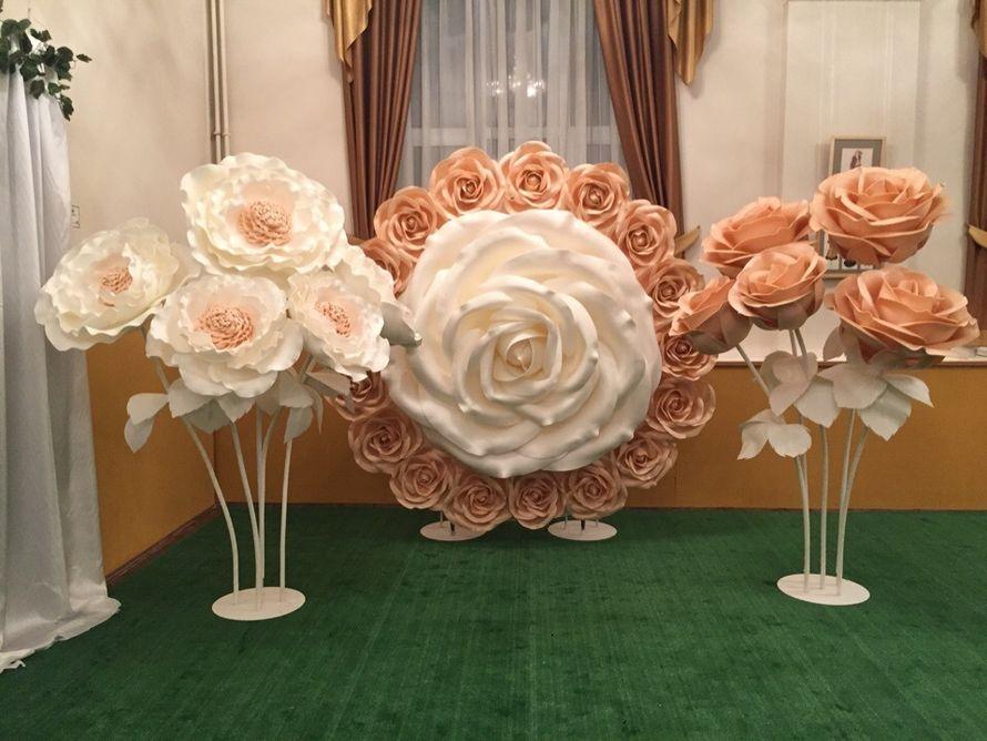 Фотозона гигантская роза в аренду