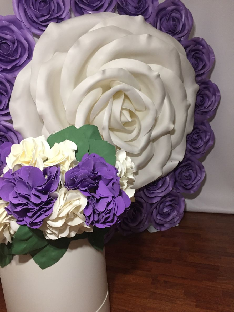 Фотозона гигантская роза - Шляпная коробочка