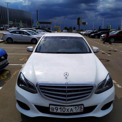 Mercedes E200 W212 в аренду, 1 час