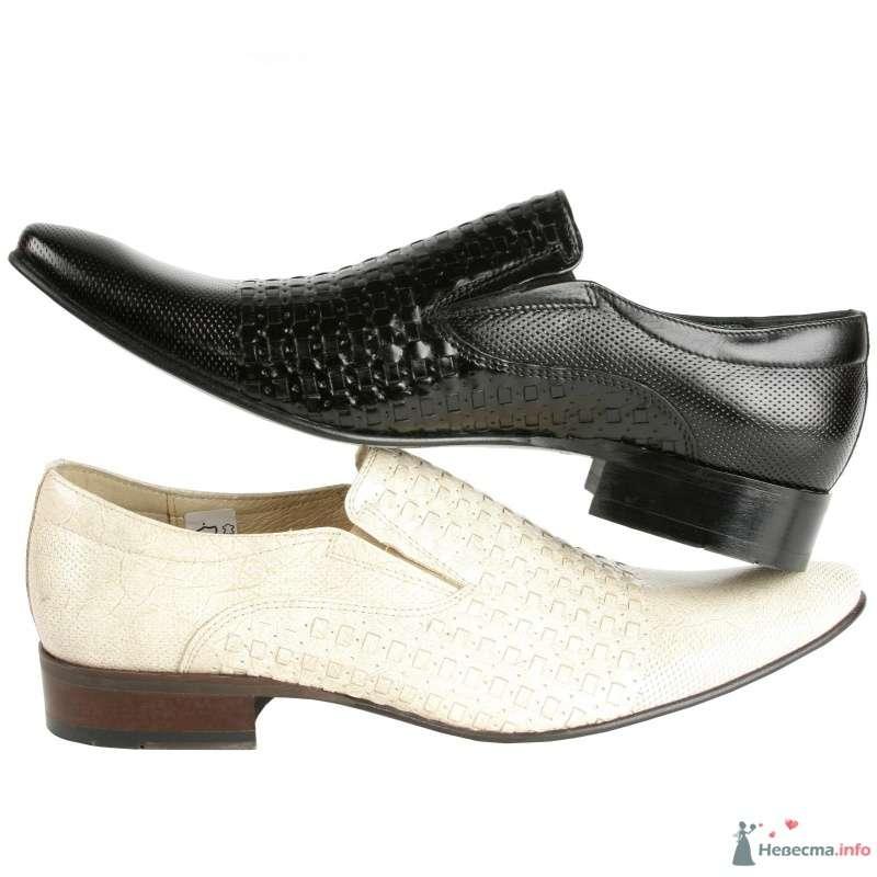 Белые и черные модельные  кожаные мужские туфли с выпуклым рисунком - фото 66895 Kwinto-shoes - cвадебная обувь