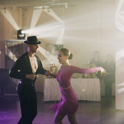 """Номер """"Танцующие художники"""""""