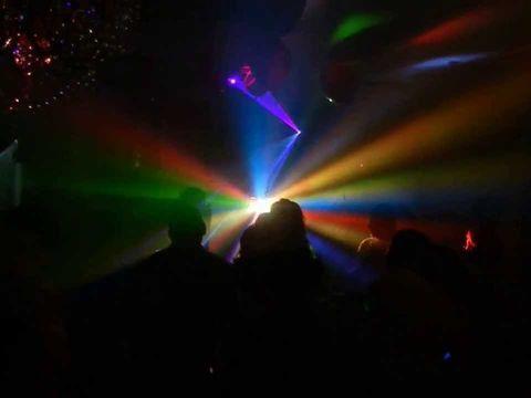 Лазер + дым = классная дискотека