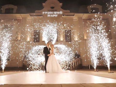 Вертушки холодных фонтанов и салют на свадьбу в Ростове | GOF show