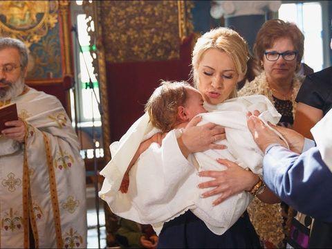Крещение на Крите