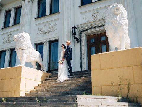 Ведущая на свадьбу и выездную регистрацию Москва Светлана Пескова