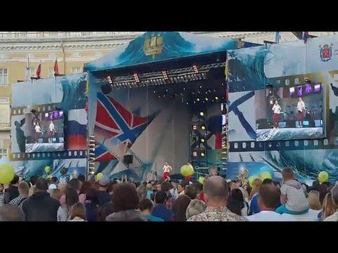 """Дуэт аккордеонистов """"Штрихкод"""" День ВМФ Дворцовая площадь"""